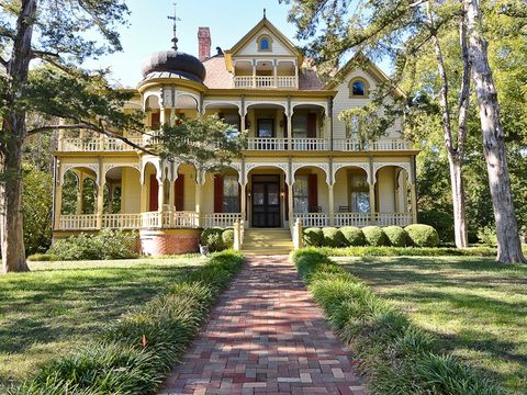 Admirable Victorian Porch Texas Real Estate Download Free Architecture Designs Meptaeticmadebymaigaardcom