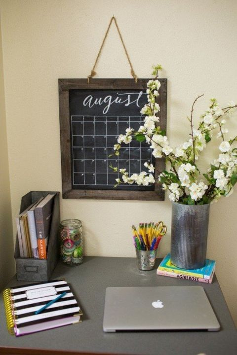 11 Ways To Make The Most Of Your Dorm Room: Joanna Gaines Dorm Room Makeover