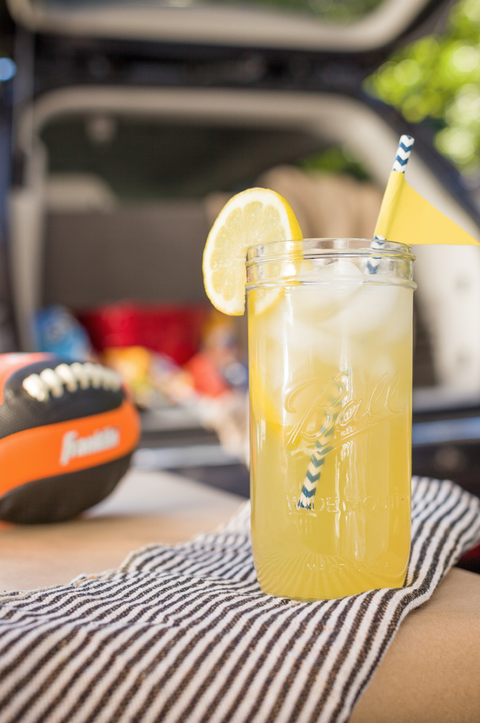 Lemon, Drink, Juice, Citrus, Tableware, Fruit, Cocktail, Logo, Sweet lemon, Classic cocktail,