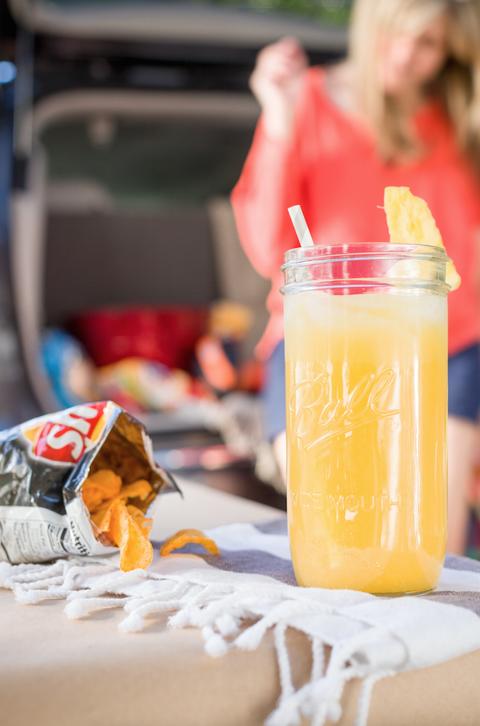 Drink, Juice, Non-alcoholic beverage, Drinking straw, Aguas frescas, Orange juice,