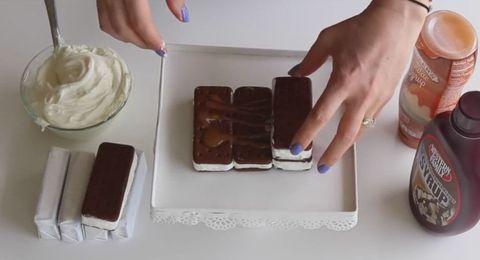 Finger, Food, Ingredient, Cuisine, Dishware, Serveware, Plate, Tableware, Nail, Dessert,