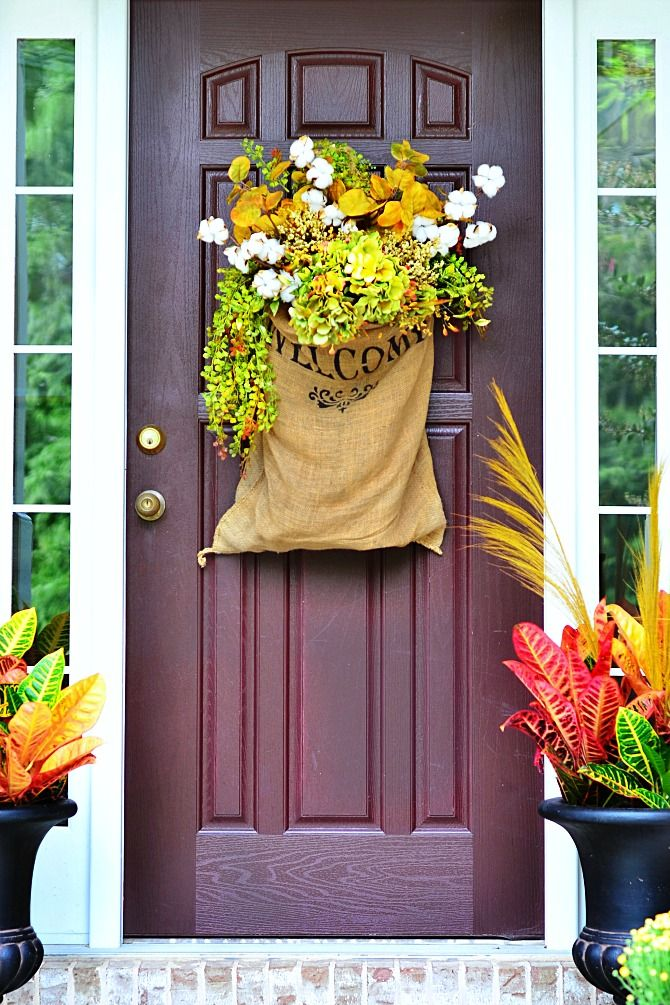 20 Fall Door Decorations Ideas For Decorating Your Front Autumn