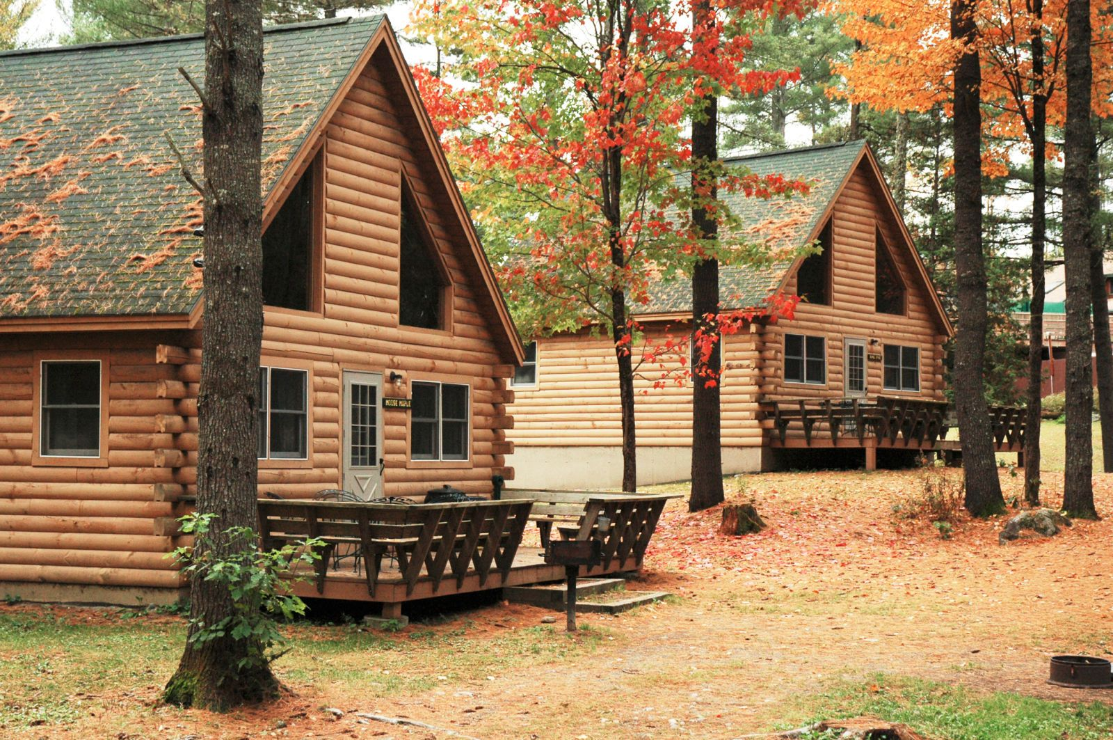 These Log Cabins Are Classic And Affordable To Boot! (northernoutdoors.com)
