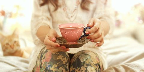 Coffee cup, Cup, Serveware, Dishware, Drinkware, Porcelain, Teacup, Tableware, Linens, Ceramic,