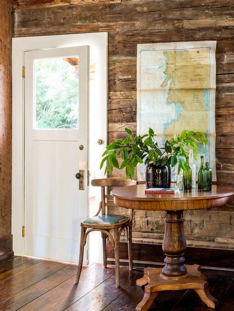 Wood, Hardwood, Room, Wood stain, Interior design, Flowerpot, Fixture, Door, Wood flooring, Plywood,