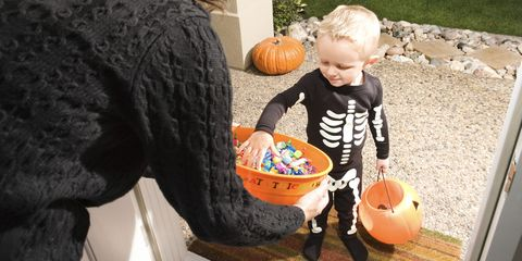 Halloween trick-or-treater