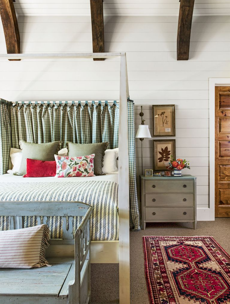 Lake House Decorating Ideas: Rustic And Timeless Cabin Decorating Ideas