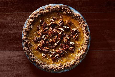 Pumpkin Pie with Oat-Pecan Crust