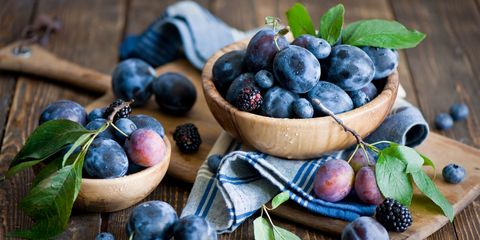 Fruit, Local food, Natural foods, Food, Produce, Glass, Seedless fruit, Whole food, Bilberry, Serveware,