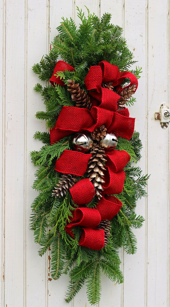 22 DIY Christmas Door Decorations - Holiday Door Decorating Ideas - Country Living