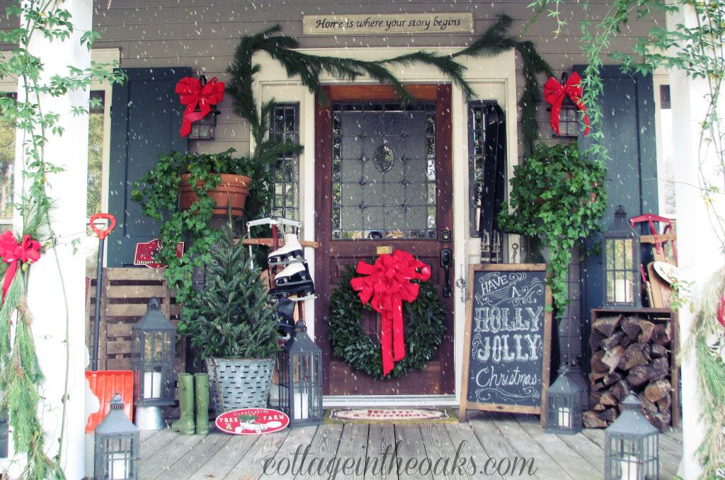35 outdoor christmas decorations ideas for outside christmas porch decor - Christmas Front Porch