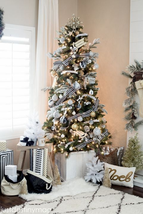 elegant black and white christmas tree