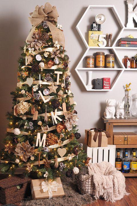 rustic neutral christmas tree
