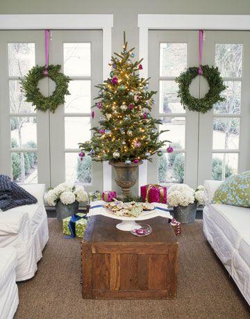 Room, Interior design, Christmas decoration, Linens, Decoration, Interior design, Fixture, Home, Christmas tree, Holiday,