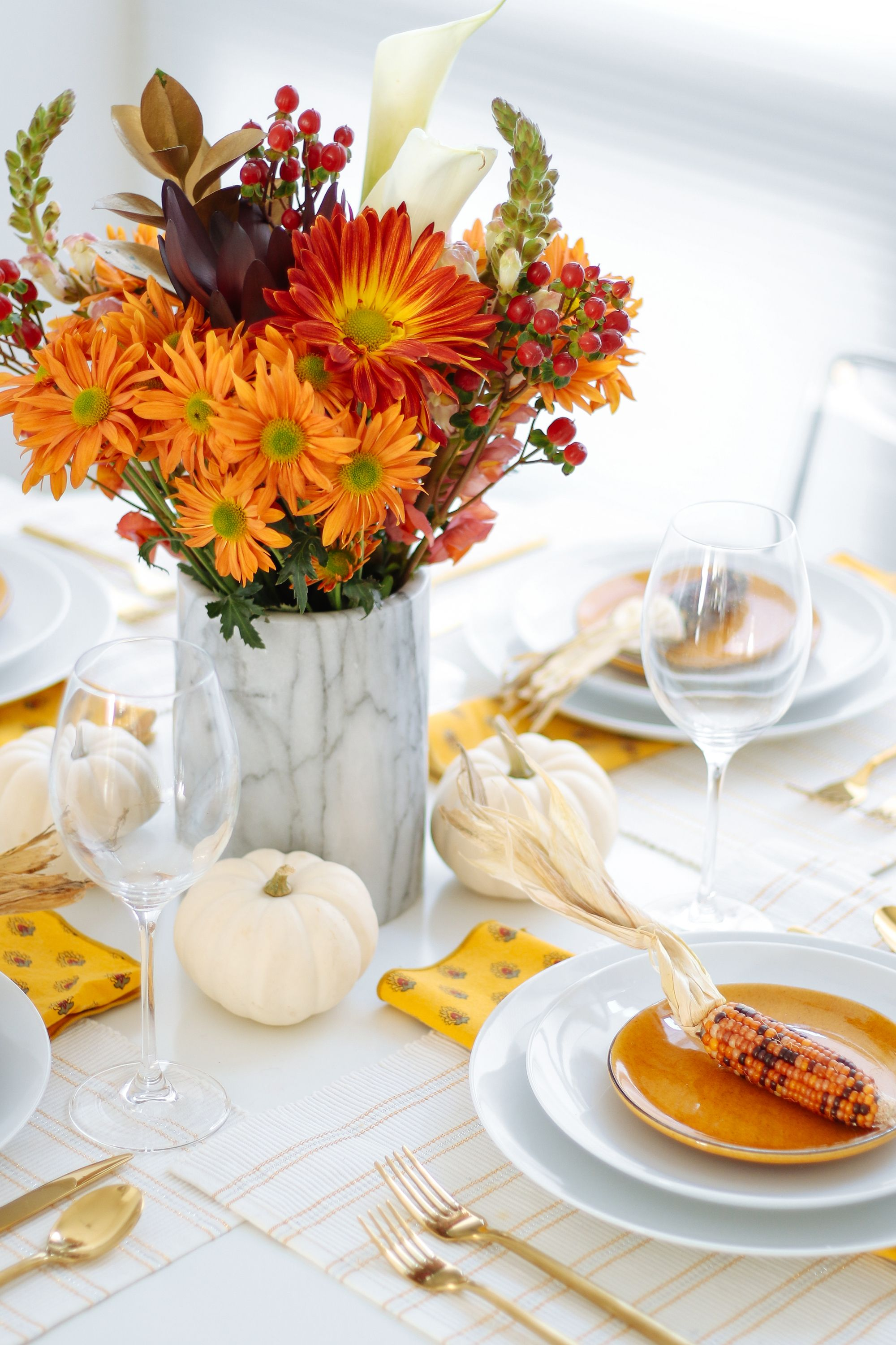 35+ DIY Thanksgiving Centerpieces - Thanksgiving Table Decor