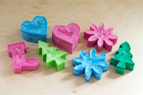 Pink, Teal, Confectionery, Aqua, Paper product, Natural material, Plastic, Hair accessory, Toy block, Ribbon,