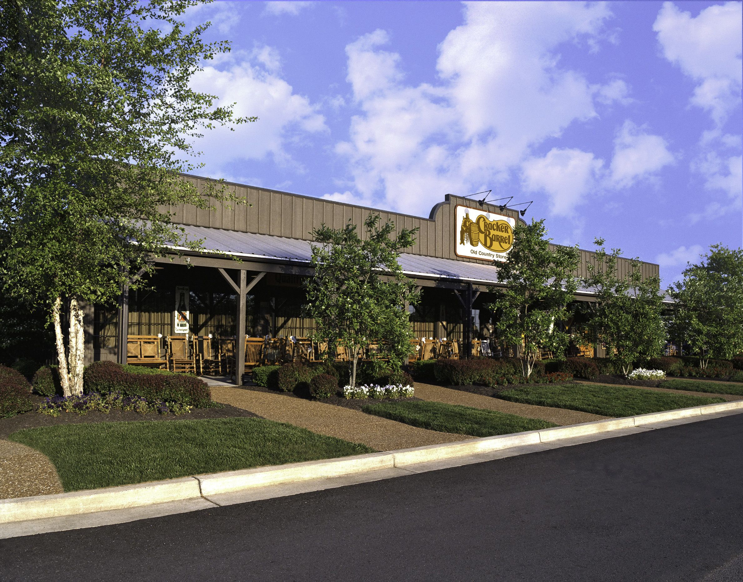 12 Fun Facts You Didn T Know About Cracker Barrel Cracker Barrel Country Store Facts