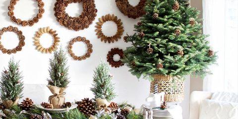Christmas decoration, Interior design, Holiday, Christmas, Evergreen, Natural material, Christmas tree, Pine family, Ornament, Conifer,