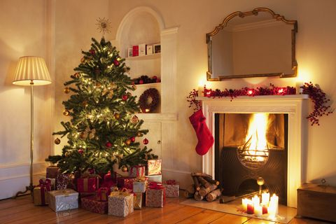 Lighting, Room, Interior design, Property, Christmas decoration, Home, Red, Interior design, Christmas tree, Christmas ornament,