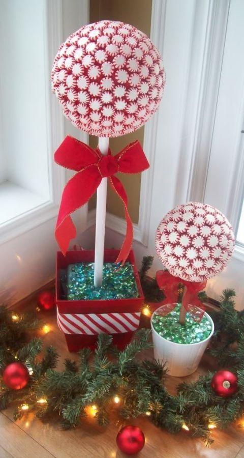 Event, Christmas decoration, Interior design, Christmas ornament, Interior design, Holiday, Christmas, Christmas eve, Holiday ornament, Decoration,