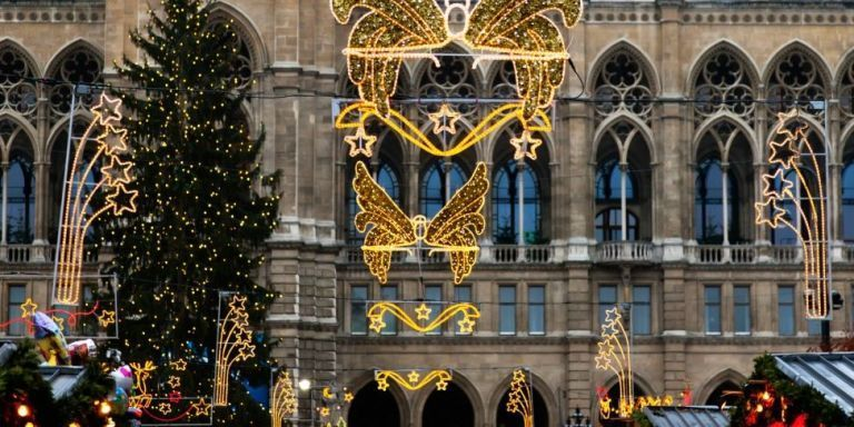 ... Weu0027d Say Christmas Was Created In Vienna, Austria U2014 Every Holiday  Season It Really Turns On The Sparkle. The Capital Is Known For Its Festive  Trademarks ...