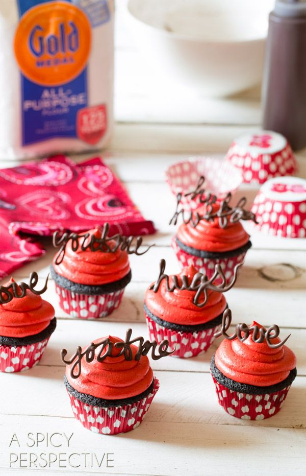 45 Best Valentine S Day Cookies And Cupcakes Recipes Country Living