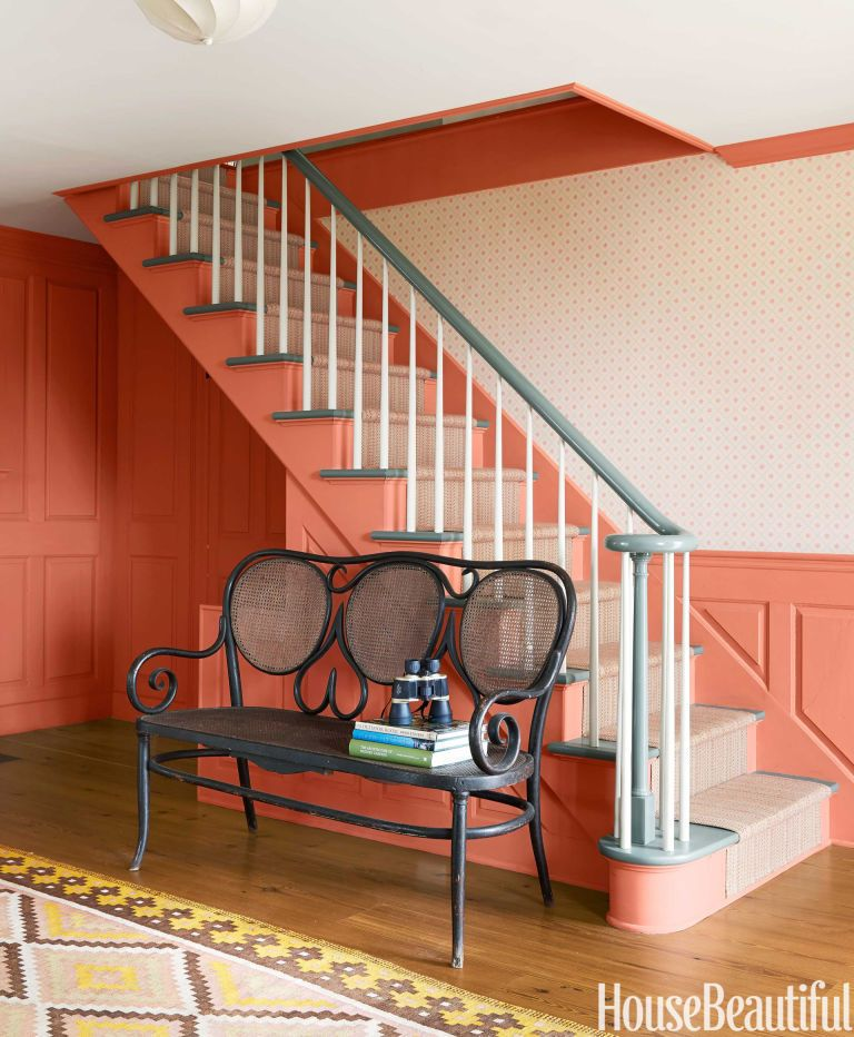 Inside House Colors: 5 Best Paint Colors For Old Houses