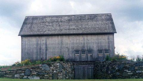 40 Rustic Barn Wedding Venues - Charming Country Wedding ...