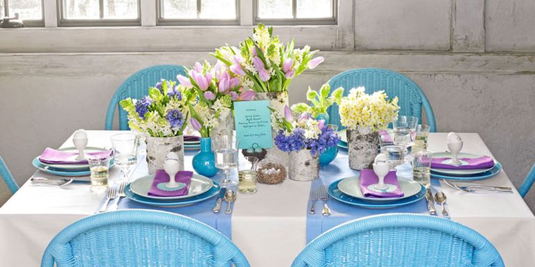 Bring A Touch Of Spring To Your Table With These Colorful Place Settings Centerpieces And Favors