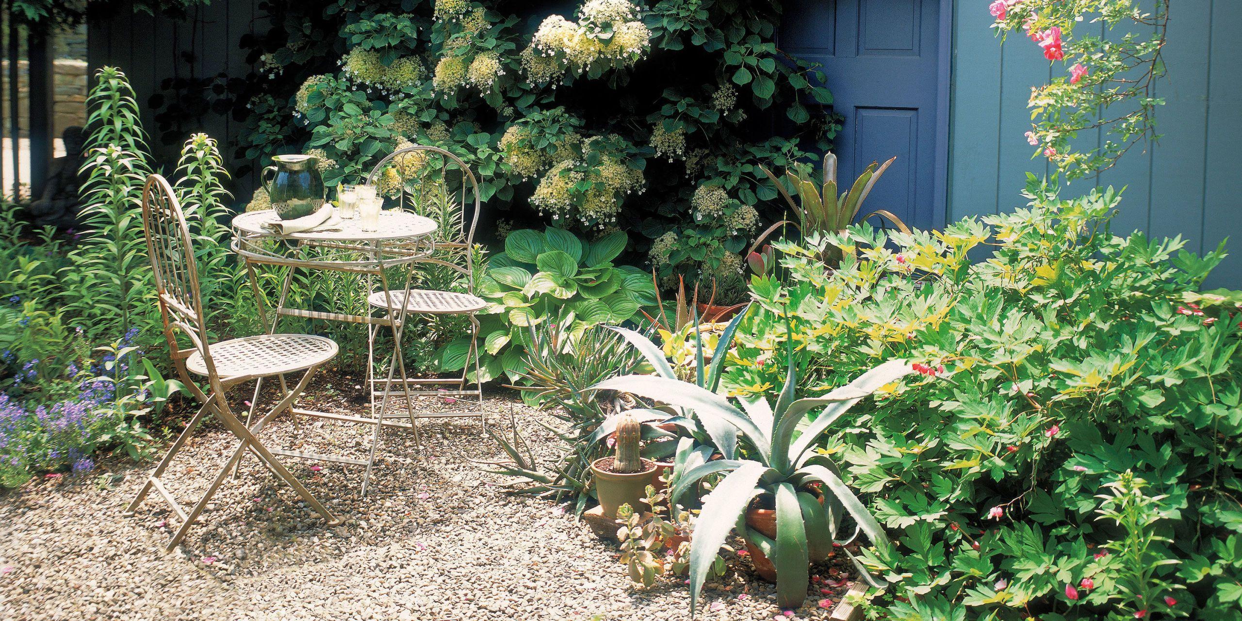 cheap landscaping ideas & 14 Cheap Landscaping Ideas - Budget-Friendly Landscape Tips for ...
