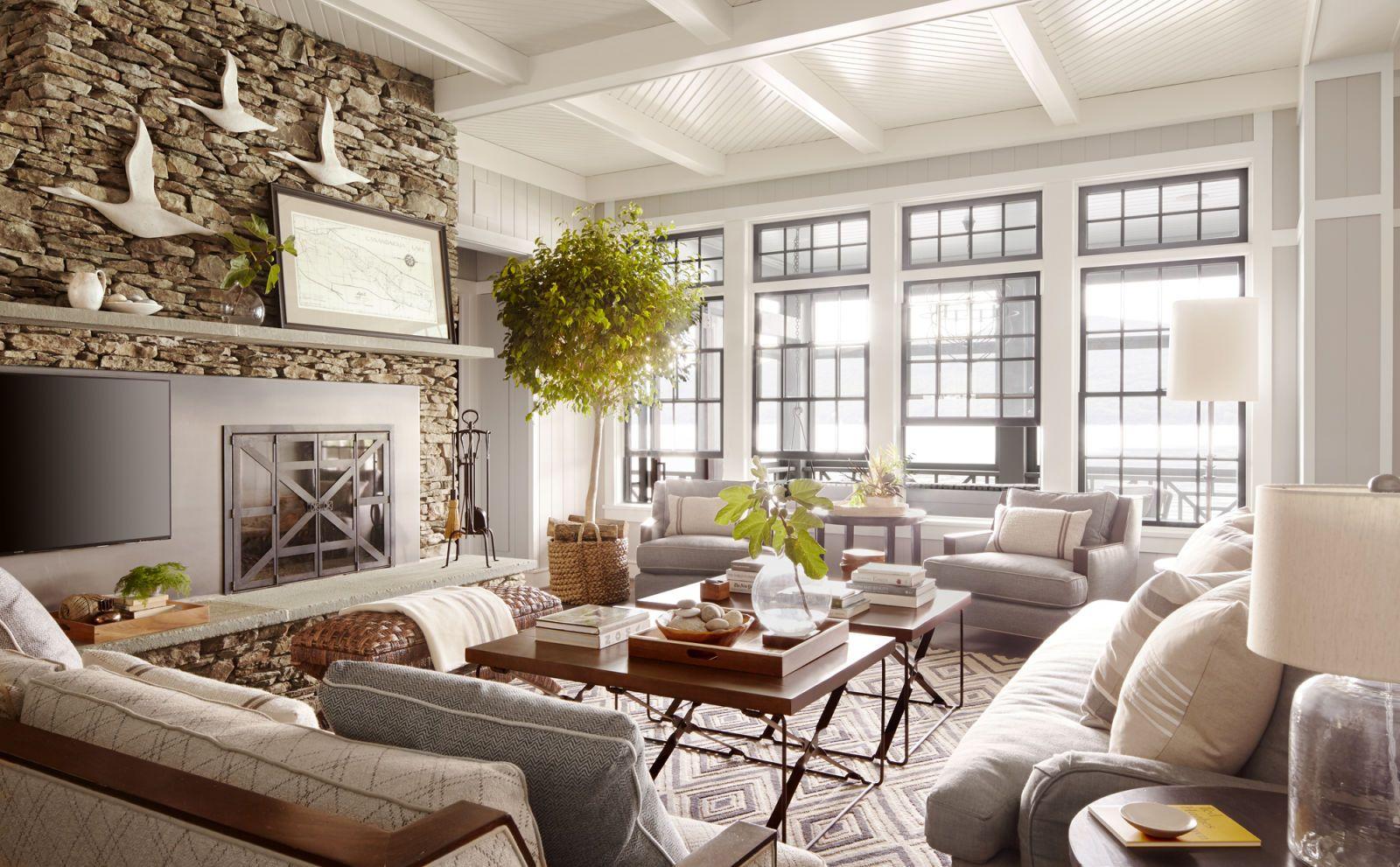 image & Thom Felicia Upstate New York Lake House - Lake House Decorating Ideas
