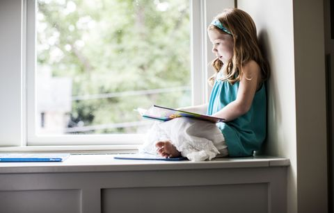 Desk, Room, Window, Furniture, Sitting, Technology, Electronic device, Interior design, Child, Home,