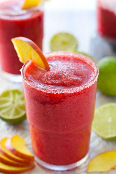 Food, Produce, Fruit, Drink, Citrus, Ingredient, Lemon, Tableware, Natural foods, Liquid,