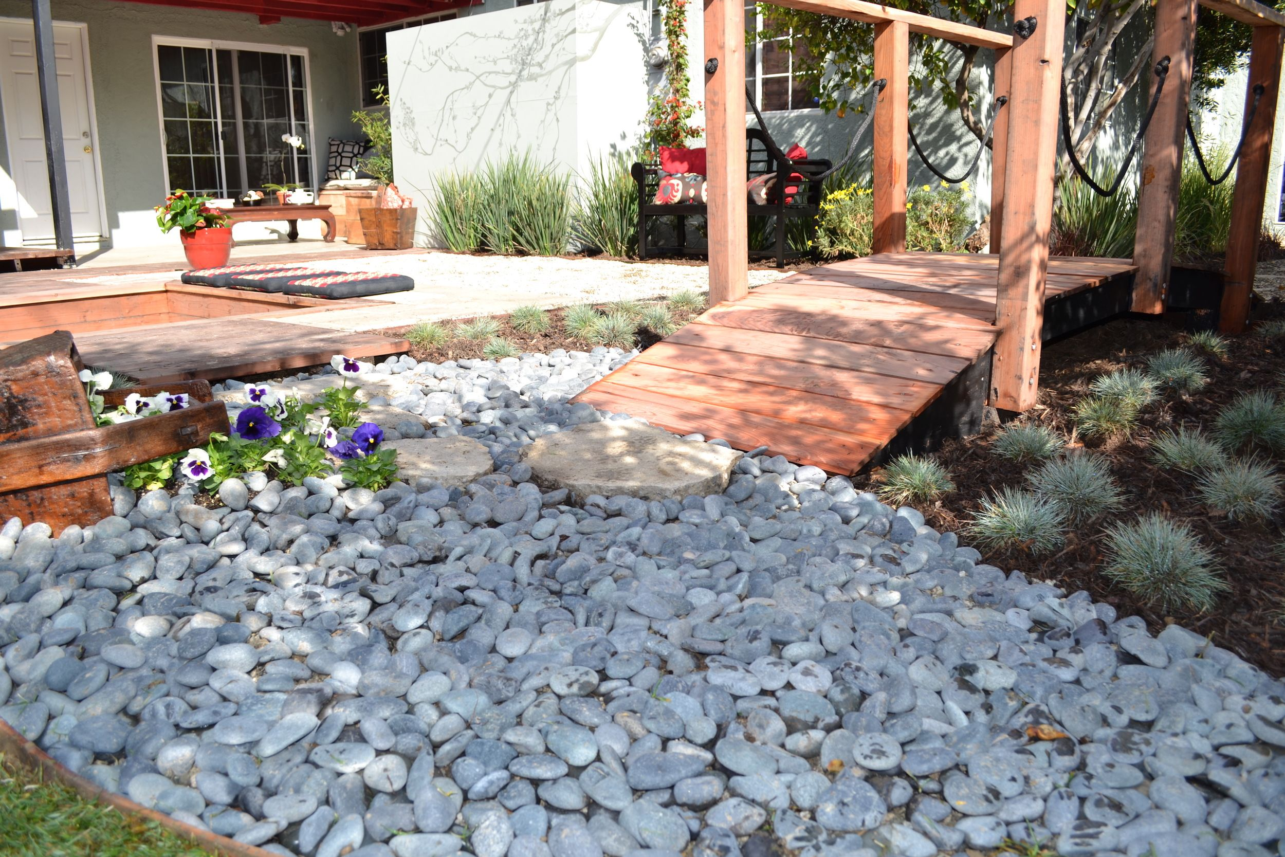 3 Landscaping Ideas For A Low-Maintenance Yard