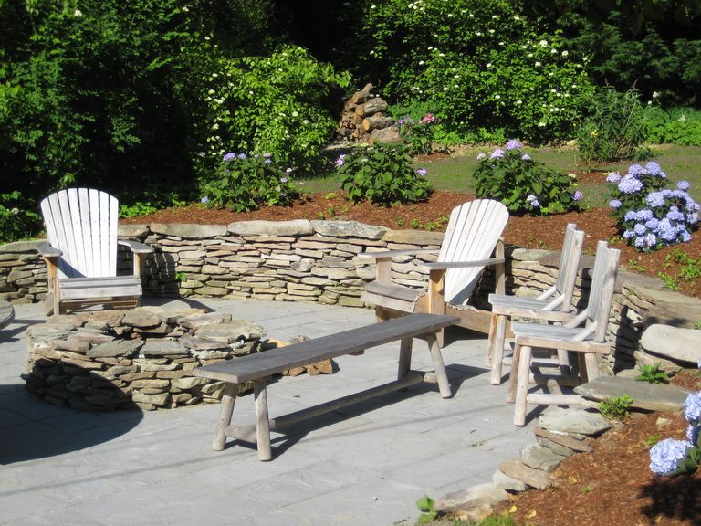 17 Landscaping Ideas For A Low-Maintenance Yard on Low Maintenance Backyard Ideas  id=80601
