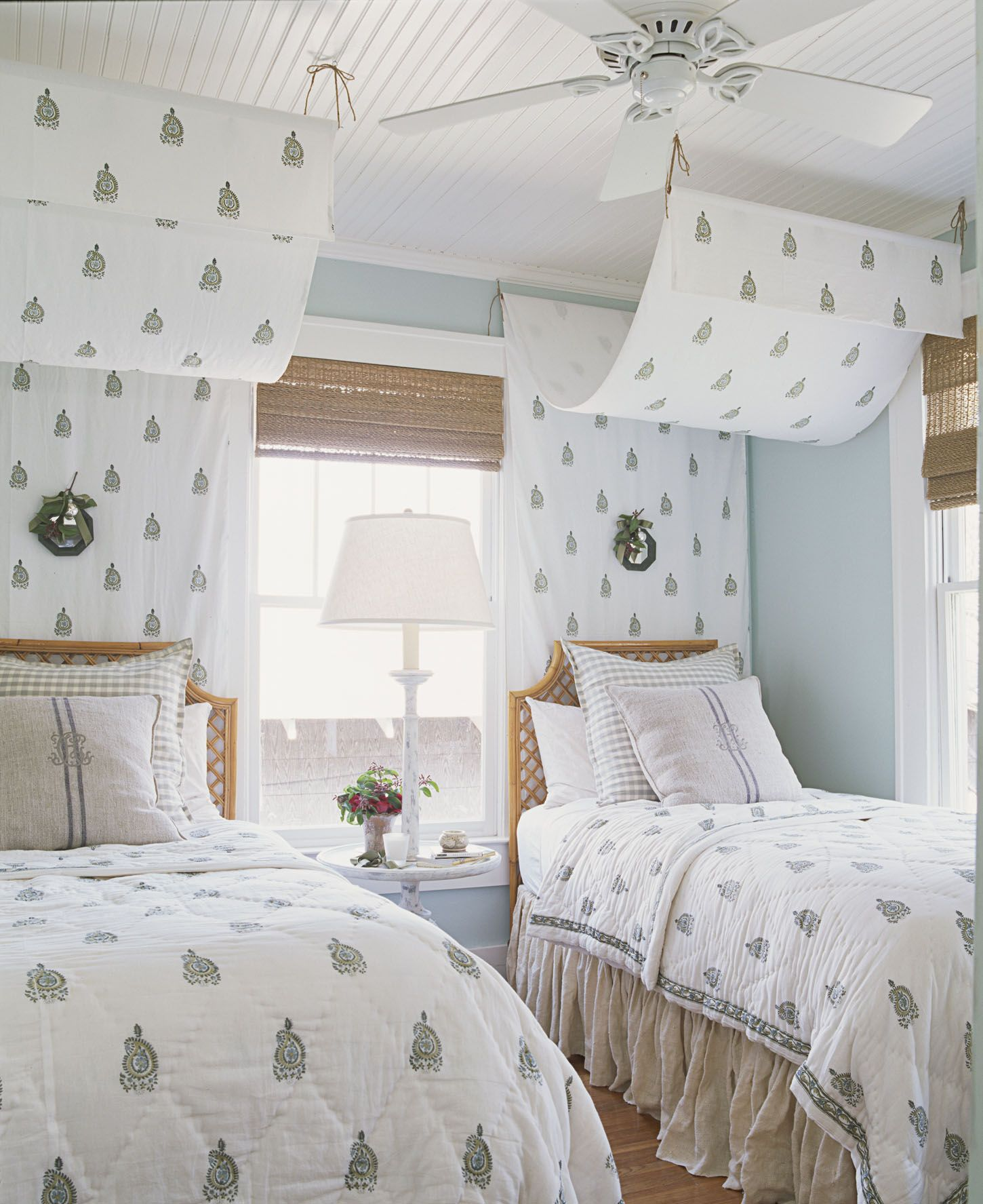 amazing Guest Room Themes Part - 14: Country Living Magazine