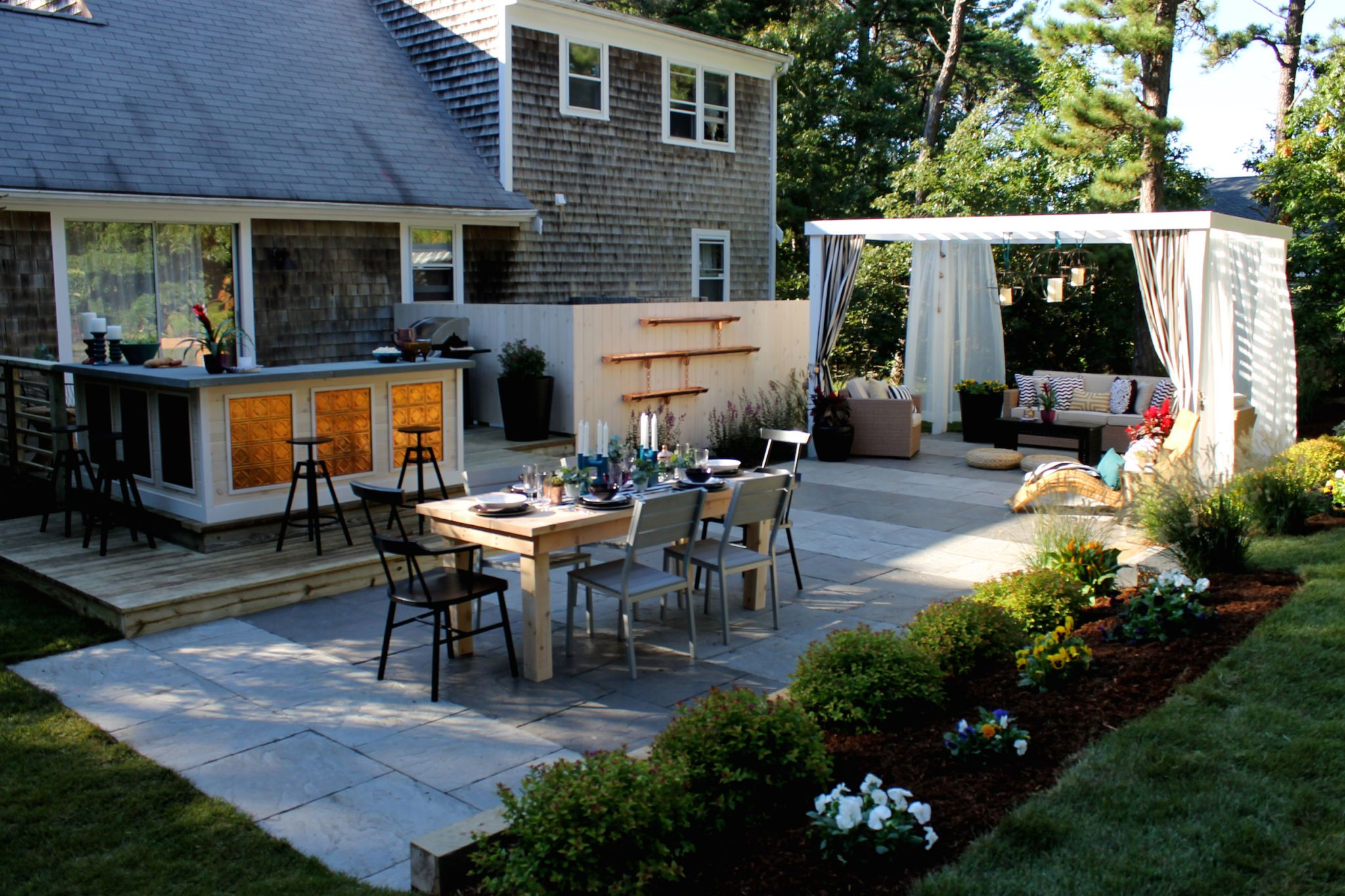 17 landscaping ideas for a low maintenance yard rh countryliving com