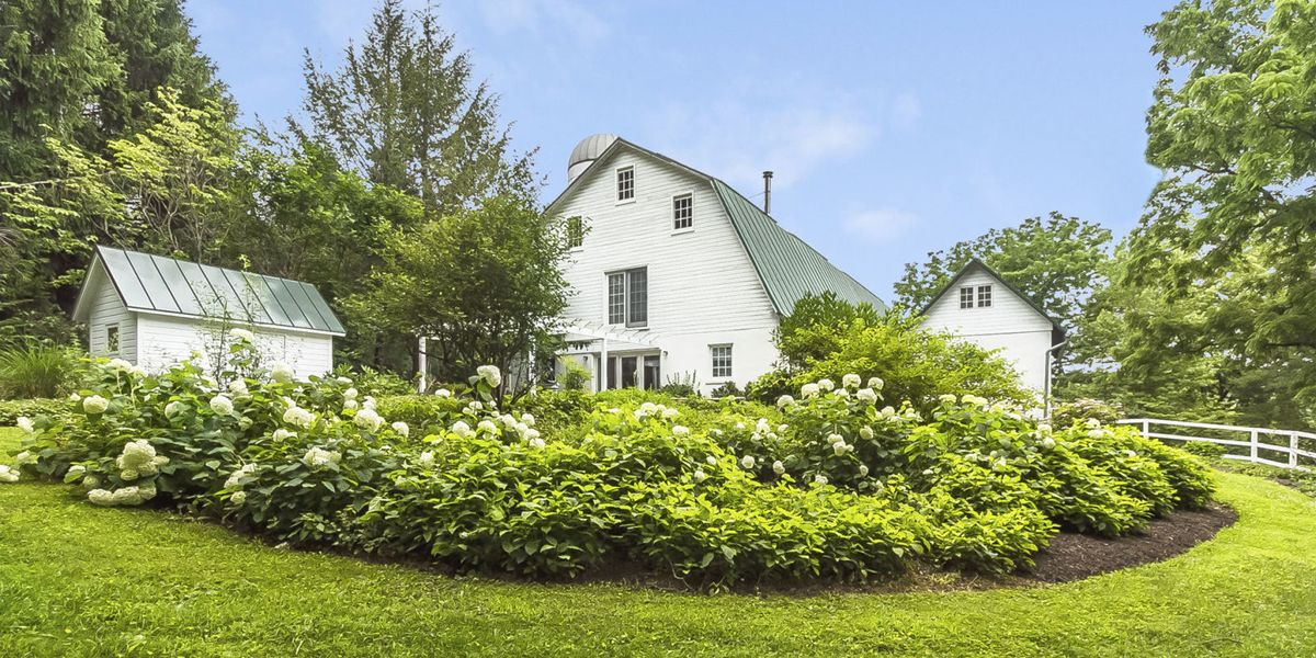 7 Barns Converted Into Charming Homes For Sale Real Estate Listings