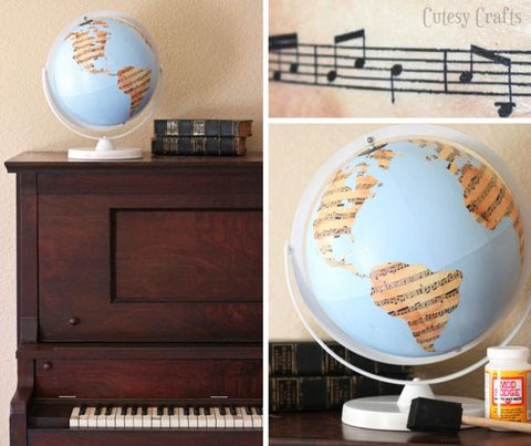 Musical instrument, Astronomical object, Keyboard, Musical instrument accessory, World, Globe, Interior design, Planet, Space, Piano,