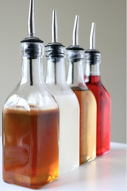 Liquid, Fluid, Product, Brown, Glass bottle, Bottle, Red, Drink, Orange, Amber,