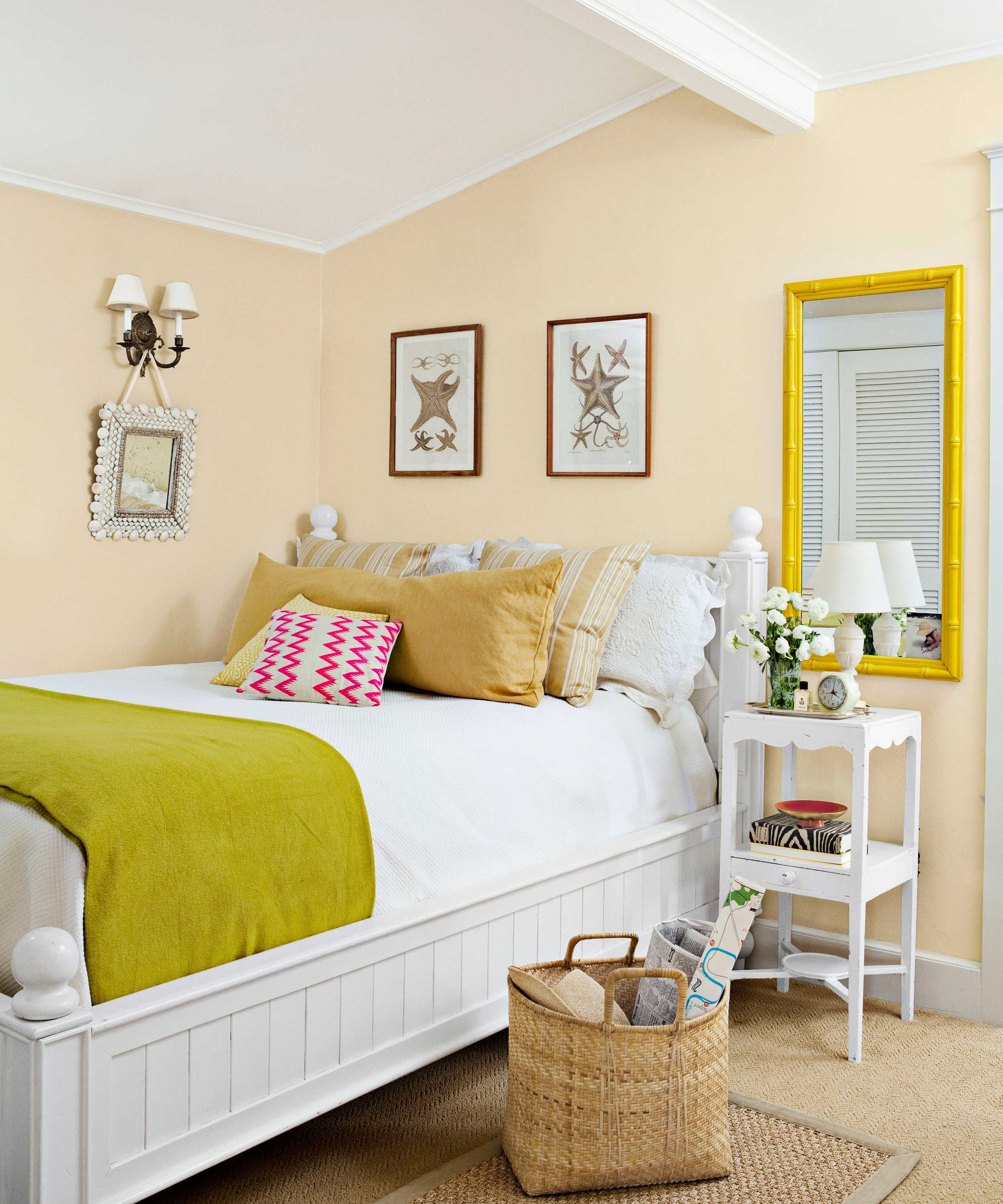 15 best paint colors for small rooms painting small rooms