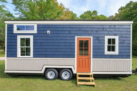 Window, Property, Real estate, Door, Rim, Land lot, Fixture, Automotive tire, House, Home,