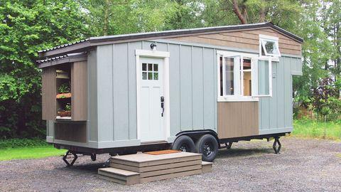 Wood, Property, Real estate, Land lot, Roof, House, Hardwood, Rural area, Door, Mobile home,