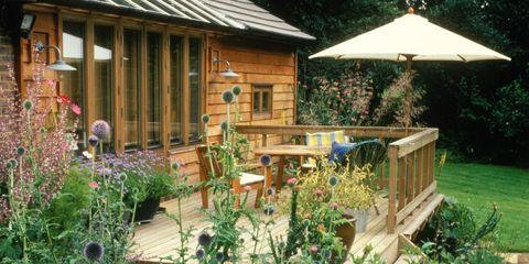 Wood, Plant, Garden, Flowerpot, Backyard, House, Roof, Yard, Shrub, Hardwood,