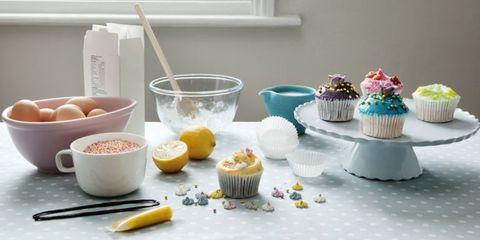 Food, Cupcake, Ingredient, Serveware, Cuisine, Sweetness, Dessert, Baked goods, Baking cup, Dishware,