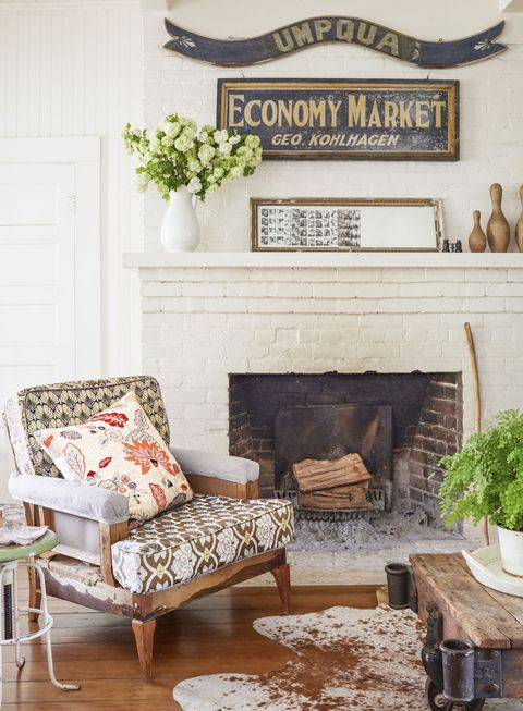 Hearth, Furniture, Wall, Fireplace, Gas, Home, Door, Flowerpot, Houseplant, Marble,
