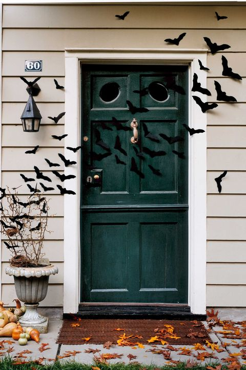 halloween craft bat-filled front door