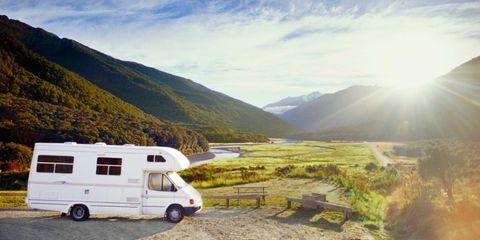 Mountainous landforms, Mountain range, Highland, Landscape, Hill, Mountain, Valley, Ridge, Rim, Hill station,
