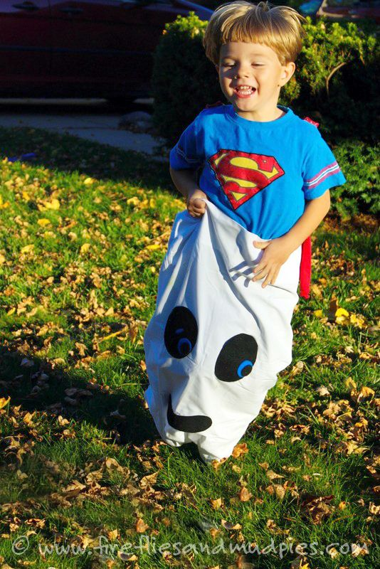 35 Best Halloween Games for Kids - DIY Game Ideas for