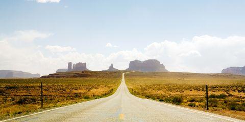 Road, Infrastructure, Cloud, Natural landscape, Landscape, Plain, Horizon, Highland, Road surface, Land lot,